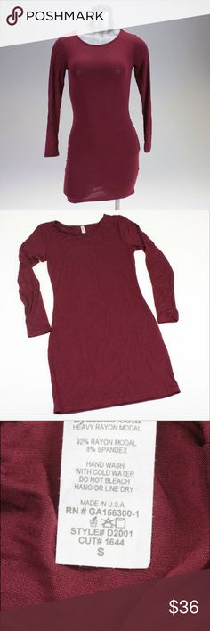 ❤️ Burgundy Bodycon Dress ❤️ This dress is perfect for your Valentine's Day date night! It has long sleeves and hits mid-calf. This bodycon style is tight fitting, but has some stretch to it for comfort. The color is a gorgeous deep red. See photos for fabric details. Dresses Long Sleeve