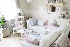 Lovely Shabby Chic Living Room~
