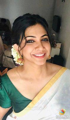 Indian Actress Hot Pics, Indian Bollywood Actress, Actress Pics, Tamil Actress Photos, Beautiful Bollywood Actress, Beautiful Actresses, Indian Actresses, Set Saree, Desi Girl Image