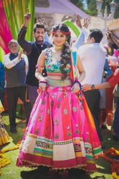 Gorgeous Multi-Cultural Wedding In Ooty With A Quirky Bride! | WedMeGood