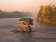 House in the middle of the Drina river.
