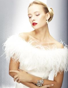 2013 Wedding Dress Trends: Feathers