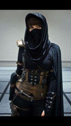84dc5da2e9b04241835674eb40deea84.jpg (236×419) female ninjas warrior assassin in black with a mask photography.