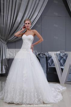 White A-Line Sweetheart Brush/ Sweep Train Fine Netting Wedding DressWholesale Price: US$289.99