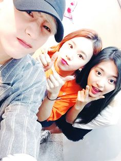Mark, Chaeyoung and Tzuyu