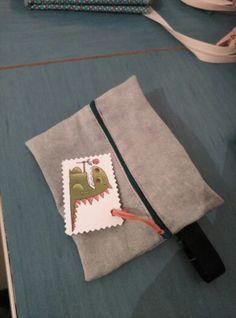 Bandolera reciclada pantalón tejano