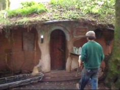 one cob cottage at cobville, with a rocket mass heater- video tour Cob Building, Building Ideas, Building A House, Nature Houses, House In Nature, Creative Home, Creative Ideas, One Straw Revolution, Rocket Mass Heater