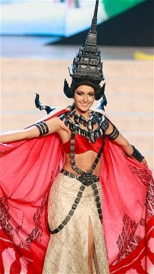 Nutpimon Farida Waller shows off the national costume for Thailand at the 2012 Miss Universe pageant.