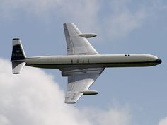 G-APDA (cn 6401) de Havilland Comet 4C, BOAC. The Comet is one of the most elegant airliners ever built!
