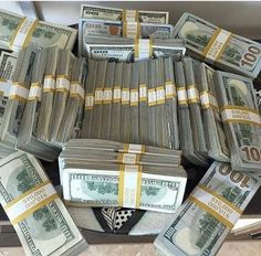 Make Money From Home, Make Money Online, How To Make Money, Online Buying, Money Today, Start Ups, Passport Online, Money Stacks, E-mail Marketing