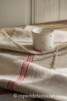 © Esprit de Famille I brocante en ligne I vintage industriel campagne www.espritdefamil... linge ancien, lin, textile ancien, chanvre, linen, sac chanvre ancien