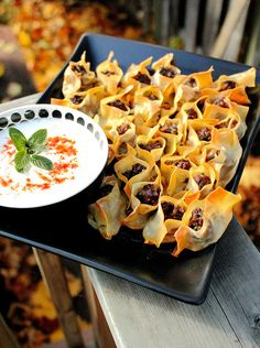 Manti turkish dumplings, with yogurt