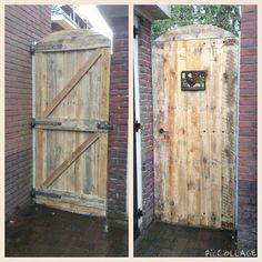 Nieuwe poortdeur van 3meter pallets, hout van 25 mm, nu nog onbehandeld, alleen geschuurd.