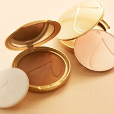 Love Jane Iredale makeup.