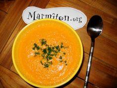 poivre, feuille de laurier, thym, vache qui rit, eau, sel, carotte, bouillon