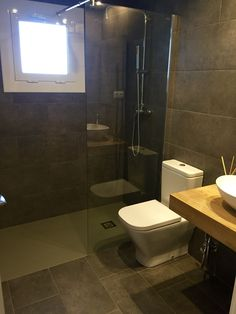Baño Toilet, Living Spaces, Bathroom, Floors, Blue Prints, Washroom, Litter Box, Bathrooms