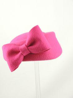 Felt hot pink percher