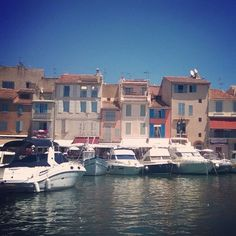Cassis is a picturesque seaside community located 20 km east of Marseille. For centuries, Cassis has been an important fishing port. Seaside, Fishing, Community, France, Marseille, Beach, Peaches, Coast, Pisces