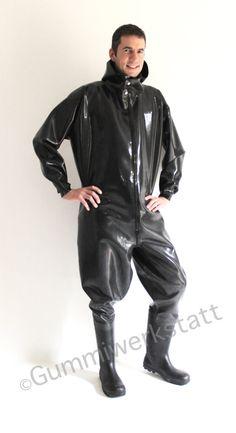 Fliegerkombi Overall Regenanzug lockerer Ganzanzug aus Gummi mit Stiefeln und Kapuze von Gummiwerkstatt auf Etsy