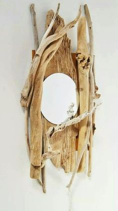 DIYs with driftwood – new beautiful crafts and decoration ideas - Wohnaccessoires Driftwood Furniture, Driftwood Mirror, Driftwood Projects, Driftwood Ideas, Wooden Decor, Wooden Diy, Diy Wood, Furniture Projects, Diy Furniture