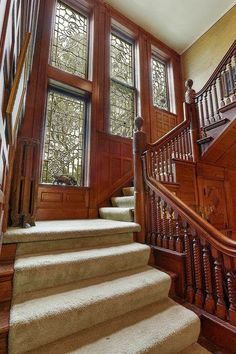 Ideas for house victorian interior stairways Victorian Style Homes, Victorian Interiors, Victorian Architecture, Victorian Decor, Victorian Stairs, Tudor Style, Victorian Houses, Victorian Era, Style At Home
