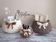 Diy Crochet Basket, Free Crochet Bag, Crochet Bowl, Crochet Baby Boots, Crochet Gifts, Crochet Quilt Pattern, Crochet Basket Pattern, Yarn Projects, Knitting