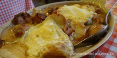 • Gratinado de batata com bacon, creme, ervas... • Gratin Dica deliciosa de onde comer na cidade de Grenoble - França! Delicious tip where to eat at Grenoble-France http://www.snackinbox.com.br/la-ferme-a-dede-dicas-de-grenoble-franca/