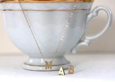 Gargantilla oro inicial - personalizada carta Charm - 14 KT oro relleno cadena