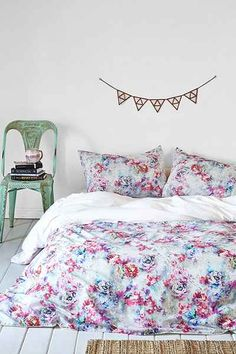 Plum & Bow Aria Floral Duvet Cover - Urban Outfitters:  Super cute, I REALLY like this duvet