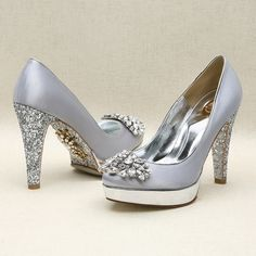 Beautiful silver shoes with silver glitter heel by Kyumbie
