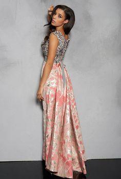 6a2591c3d00 Edles Abendkleid von Talbot Runhof. Zu mieten bei dresscoded.com  dresscoded