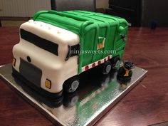 """Garbage Truck Cake -- Entry in March 2016 """"Who Takes the Cake?"""" Contest at RoseBakes.com - 3-23-16"""