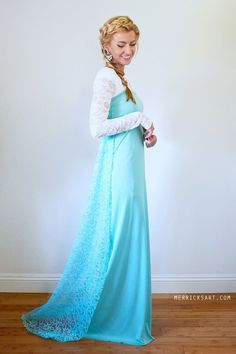 Easy DIY Elsa Dress Halloween Costume so pretty  sc 1 st  Pinterest : homemade elsa costume  - Germanpascual.Com
