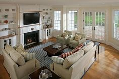 23 Stunning Living Rooms with Crown Molding - Page 4 of 5 - Home Epiphany