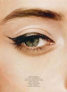 metallic cat eye