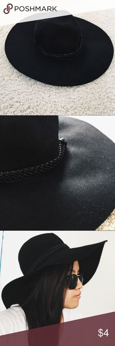 Black Floppy Hat Black floppy hat w/ braided belt detail. Perfect to accessorize for a sunny day. Never worn - perfect condition. Size is S/54. 100% wool H&M Accessories Hats