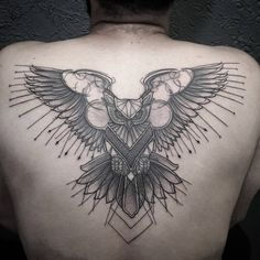 cool flying owl back tattoo idea