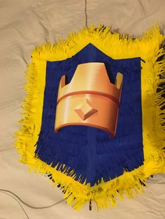 clash of clans - clash royal - Piñata Birthday Pinata, Birthday Parties, Clash Of Clans, Party Themes, Diy, Cakes For Kids, Themed Parties, Fondant Cakes, Anniversary Parties