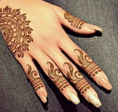 henna and mendhi image Simple Mehndi Designs Fingers, Mehndi Designs For Kids, Henna Designs Arm, Finger Henna Designs, Simple Arabic Mehndi Designs, Mehndi Designs For Beginners, Modern Mehndi Designs, Mehndi Design Photos, Beautiful Henna Designs