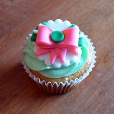 Sailor Jupiter - Key Lime Cupcake. A key lime cupcake, key lime buttercream frosting, and a Sailor Jupiter fondant topper. ~ Crescent Moon Sweets ♥