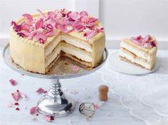 Shampanjamoussekakku Finnish Recipes, Cake Decorating For Beginners, 20 Min, Desert Recipes, Cakes And More, No Bake Cake, Vanilla Cake, Food Inspiration, Mousse