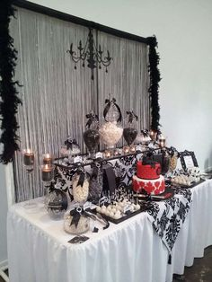 Black and White Birthday Party Ideas | Photo 11 of 12 | Catch My Party