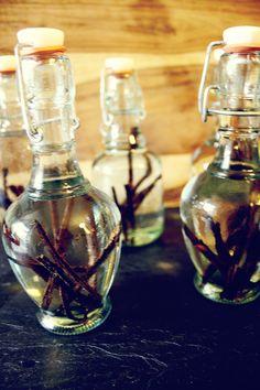 DIY Gift - Vanilla Extract