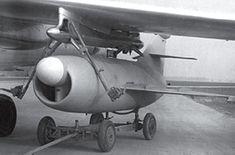 El KS-1 Kometa / AS-1 de la perrera fue el primer misil de crucero soviético a fabricar en grandes cantidades. Fue desplegado inicialmente en el Tu-4ks Bull, una ingeniería inversa de Boeing B-29, y luego rehosted en el Tu-16KS Badger B