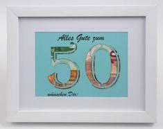Geld in einem Umschlag übergeben finden Sie nicht besonders schön? Wie wäre es mit einer Karte die aus Geld besteht und des ganze ohne viel Aufwand. Dieses Geldgeschenk ist perfekt für einen 50. Geburtstag. Der weiße Holz-Bilderrahmen ist ca. 24x18 cm groß mit einer ca. 17x12 cm Passepartout, in Gifts For 18th Birthday, Birthday Dates, 65th Birthday, Printable Invitations, Note Holders, Money Cards, Wooden Picture Frames, Birthday Numbers