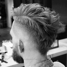 Hairstyles for thin hair men, hairstyles for thin hair pictures, hairstyles Medium Hair Cuts, Short Hair Cuts, Hair And Beard Styles, Curly Hair Styles, Mohawk Hairstyles Men, Mohawk Hair Men, Men Undercut, Hair Pictures, Haircuts For Men