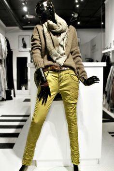 Bianco jeans.