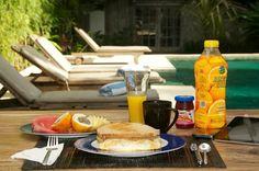 Breakfast in Adagian is always relaxing Bali Holidays, Living Room Kitchen, Luxury Villa, Food Porn, Bali Villa, Make It Yourself, Eat, Breakfast, Collections
