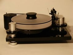 Cool turntable.Listen to music like you never did before.This is no cd.The price is $1599.00.