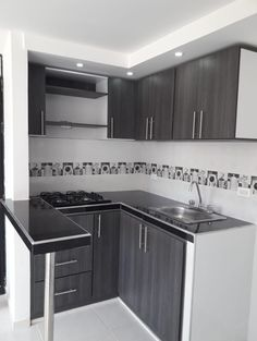 Kitchen Wardrobe Design, Kitchen Cupboard Designs, Kitchen Room Design, Home Decor Kitchen, Kitchen Layout Plans, Small Kitchen Layouts, Luxury Kitchen Design, Interior Design Kitchen, Cuisines Design